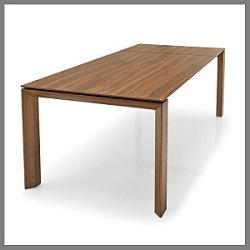 houten-tafel-omnia-calligaris