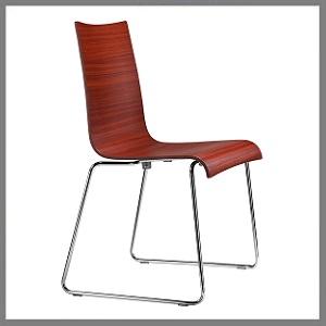 stoelen in hout / metaal